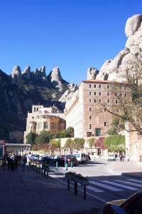 Montserrat 11-6-05 04