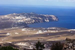 Santorini 10-30-05 001