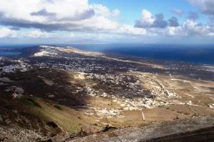 Santorini 10-30-05 004