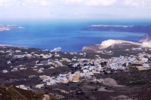 Santorini 10-30-05 008