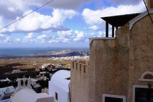 Santorini 10-30-05 037