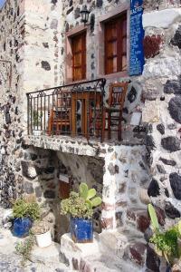 Santorini 10-30-05 047