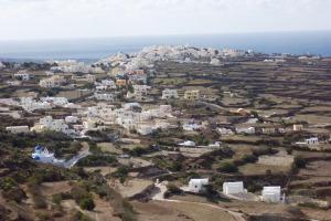 Santorini 10-30-05 094