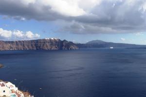 Santorini 10-30-05 101