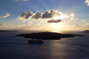 Santorini 10-30-05 130